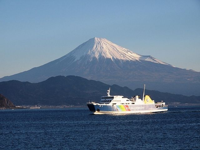 静岡市が市内の小学生へ駿河湾フェリーの無料乗車券を配布します。