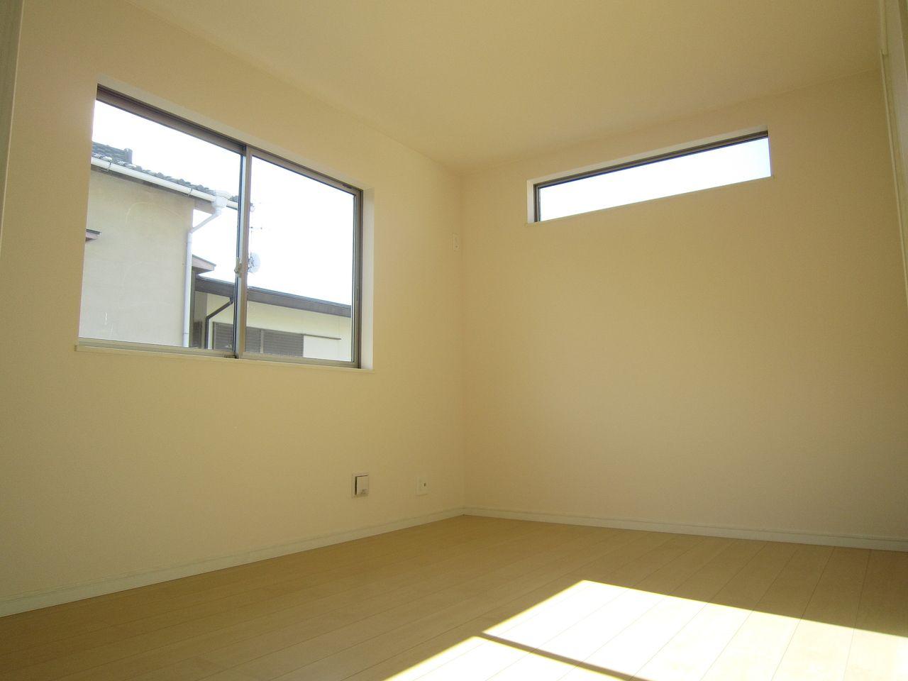 2面採光で明るい室内